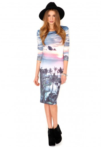 Caliana Tropical Sunset Long Sleeve Midi Dress from Missguided for £14.99