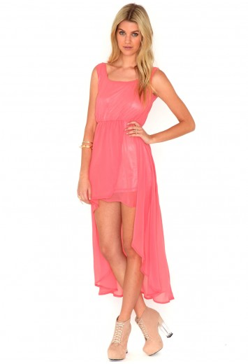Ileana Sheer Asymmetric Maxi Dress In Coral from Missguided for £14.99